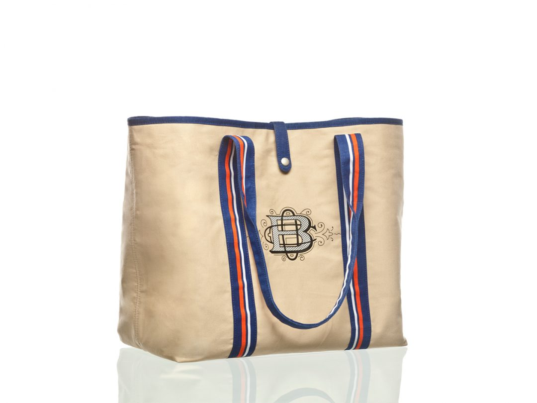 Product Design   Totes